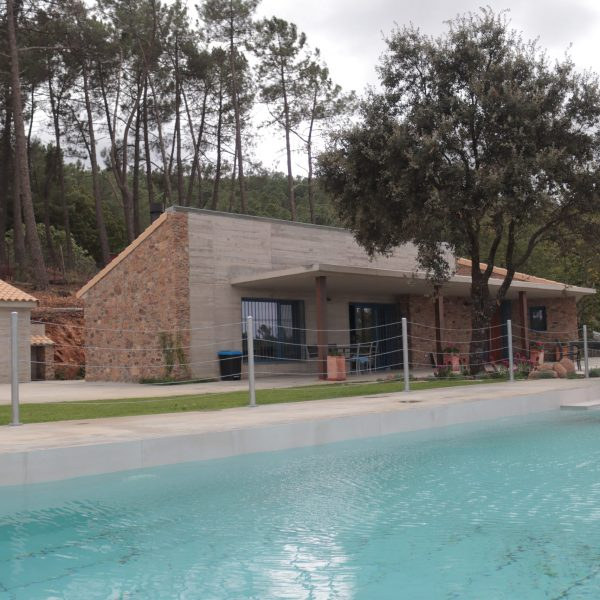 Porche Casa Rural Madre del Agua